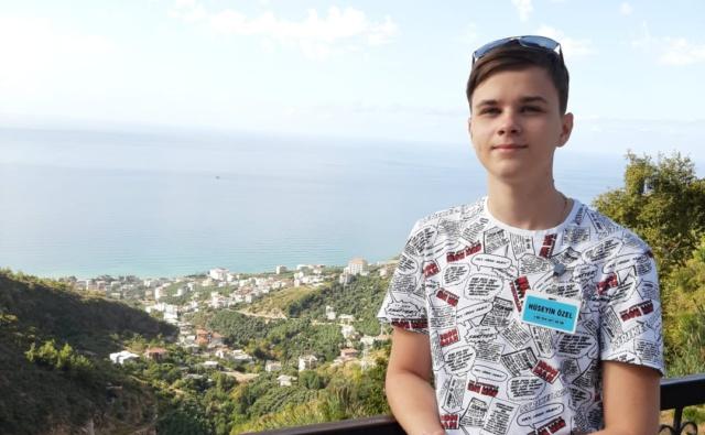 Thumbnail для -  Игорь Белин, 17 лет, г. Мыски Кемеровской области, остеосаркома. Необходимы импланты для эндопротезирования